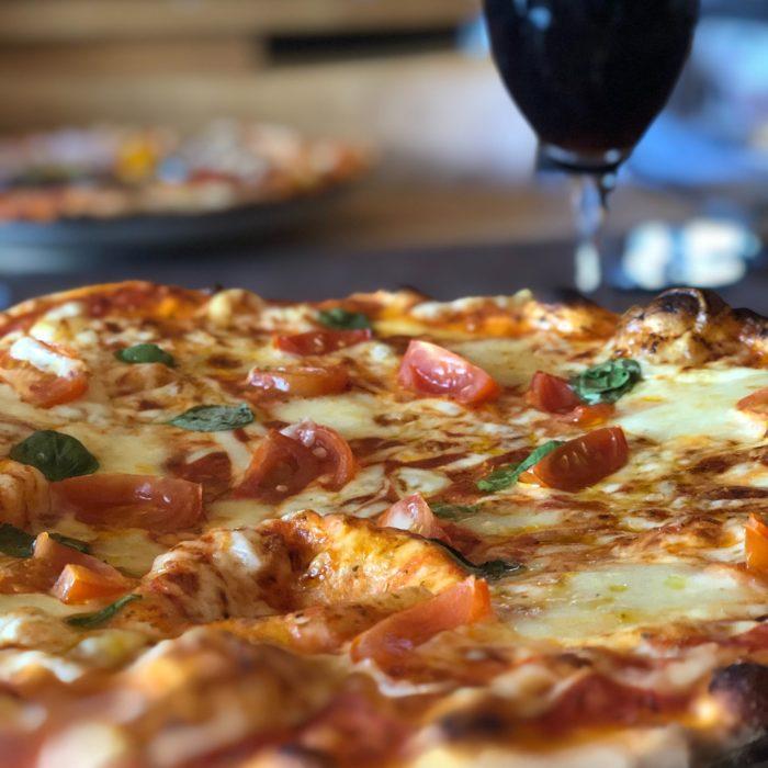 photo culinaire pizza vin photographe culinaire carcassonne perpignan